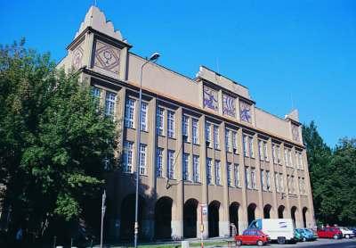 Budynek A Szkoły Głównej Handlowej
